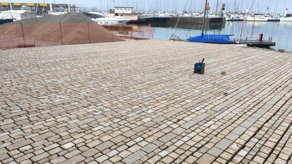 Port Haliguen Quiberon Décembre 2020 PAVAGE Photo 1 CPM